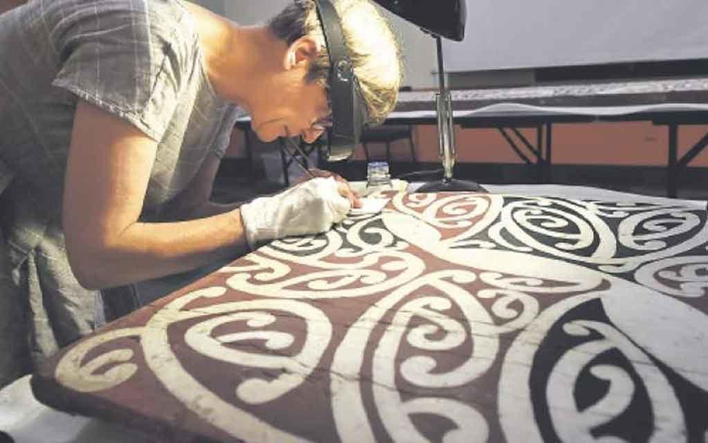 Te Reo Māori in Action – Toi Whanake (Whakairo)