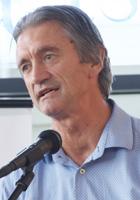 Tom Hullena